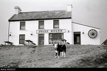 Inspired by the Island: Alicia ní Ghráinne at The Jolly Roger @ Jolly Roger | County Cork | Ireland